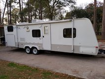 2008 Kodiak travel trailer 28' foot with slide out in Conroe, Texas