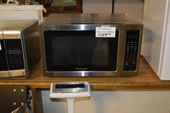 KitchenAid Microwave gently used in Tacoma, Washington