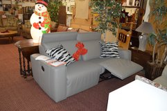 Like New Dual Reclining Love seat in Fort Lewis, Washington