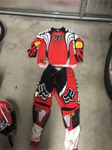 Dirt bike Fox large shirt and size 34 pants in Travis AFB, California