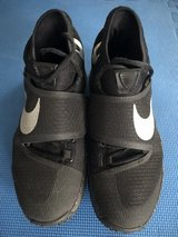 Nike HyperRev Nike Basketball Shoes Size 9.5 in Ramstein, Germany