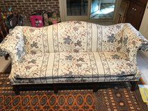 REDUCED.Antique Couch and love seat in Warner Robins, Georgia