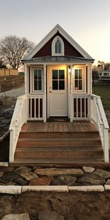 Tiny Home for Rent Lake Conroe in Conroe, Texas