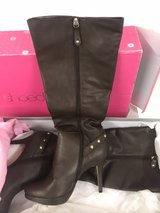 women's winter high heels boots Sz 10 in Ramstein, Germany