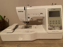 Brother SE600 Embroidery and Sewing Machine in Warner Robins, Georgia