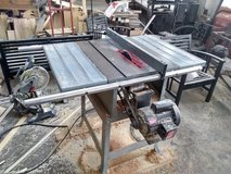 "Delta 10"" Table Saw in Orland Park, Illinois"