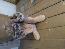 Women size 6 uggs boots in Warner Robins, Georgia