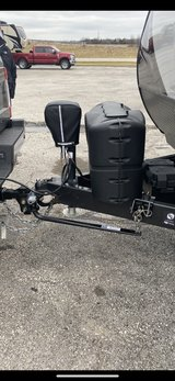 travel trailer weight distribution and sway bar in Fort Leonard Wood, Missouri