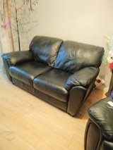 black real leather soffa 2 seater  vgc in Lakenheath, UK