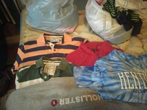 Name Brand Clothes Men size L-XL in Hopkinsville, Kentucky
