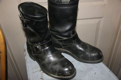 Chippewa Boots, 10.5 and XL chaps in Alamogordo, New Mexico