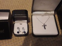 Necklace cross pendant and eating set. Sapphire and pearl in Ramstein, Germany