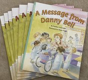 NIP Rigby PM Flying Colors: Leveled Reader Package Level J A Message from Danny Bell in Okinawa, Japan