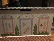 Girls four piece bedroom set in St. Charles, Illinois