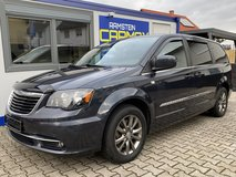 2014 CHRYSLER TOWN & COUNTRY in Ramstein, Germany