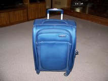 Samsonite 21 inch Spinner Feather Light Luggage New Never Used in Joliet, Illinois
