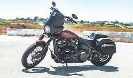 2018 HARLEY DAVIDSON STREET BOB in Camp Pendleton, California