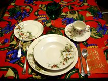 SIX 5-PC.GIBSON CHRISTMAS PLACE SETTINGS-POINSETIA PATTERN in Sandwich, Illinois