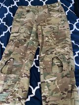 Crye Precision Pants 34R in Okinawa, Japan