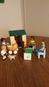 LITTLE TIKES FAMILY AND PLAY HOUSE in Camp Lejeune, North Carolina