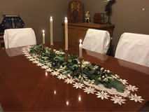 Dining Room Table & Chairs in Plainfield, Illinois