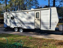 2002 tahoe travel trailer 25' with super slide outl in Conroe, Texas