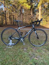 Felt Z5 full carbon fiber road bike in Warner Robins, Georgia