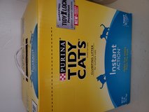 Purina Tidy cats clumping litter 40lb in Okinawa, Japan