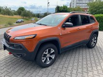 2014 Jeep Cherokee Trailhawk 4 X 4 in Spangdahlem, Germany