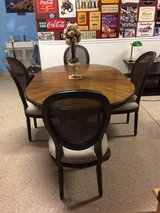Beautiful Dining Table with 6 Restoration Hardware 'French Style' Chairs. in Camp Pendleton, California