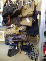 Large selection of purses in Naperville, Illinois