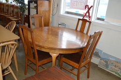 Antique Oak Table with 4 T Back Chairs in Tacoma, Washington