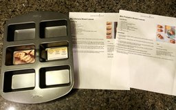 Brand New mini loaf pan with 2 Pampered chef recipes in Camp Lejeune, North Carolina