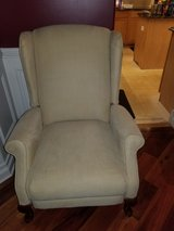 lazy boy recliner in Plainfield, Illinois