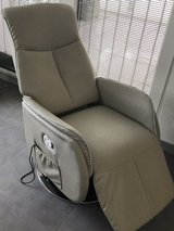massage recliner chair in Ramstein, Germany