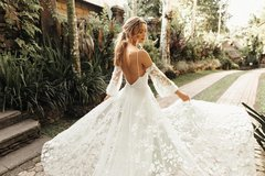 HELLO LOVELY - BRIDAL BOUTIQUE / WEDDING GOWNS, BRIDAL DRESSES etc. in Ramstein, Germany