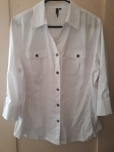 NWOT Womens Shirt in Alamogordo, New Mexico