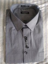Men's dress shirt new XXL in Travis AFB, California