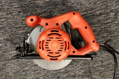 "Black & Decker CS1012 Circular Saw 7-1/4"" Power Tool WILL SHIP in Westmont, Illinois"