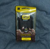 OtterBox Defender Case for Moto Droid Turbo (Black) NEW in Glendale Heights, Illinois