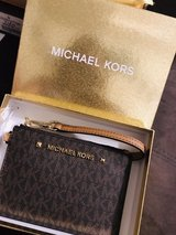 Brand new Michael kors wristlet wallet in Okinawa, Japan