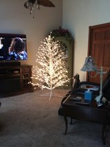 6 ft White Christmas Tree Indoor or Outdoor in Shorewood, Illinois
