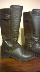 Girls Sugar Brand boots in Fort Campbell, Kentucky