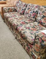 Floral Couch in Alamogordo, New Mexico