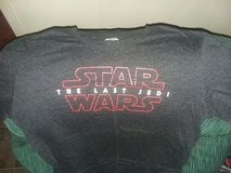 2 Star Wars T-shirts in Alamogordo, New Mexico