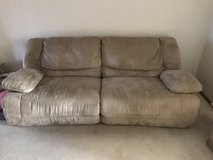 Ashley hogan fully reclining couch in Alamogordo, New Mexico