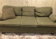 Couch for Sale in Chicago, Illinois