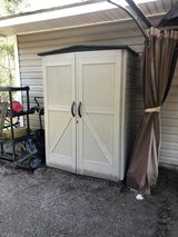 rubbermaid shed discontinued. Larger than example photo. in Beaufort, South Carolina