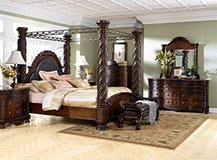 FREE - Bed Frame, Queen 4-Column solid wood in Okinawa, Japan