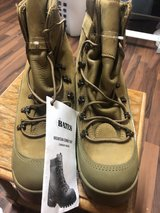 boots with steel toe (New) in Ramstein, Germany